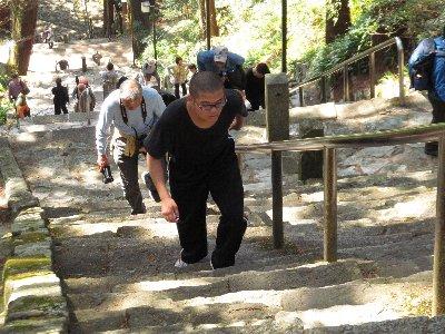 久遠寺へ③.JPG