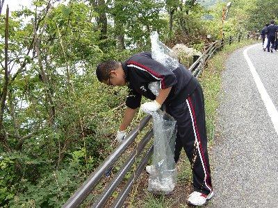 本栖湖清掃①.JPG